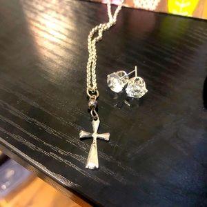 Gorg Sterling Silver Chain w/Cross Charm ....
